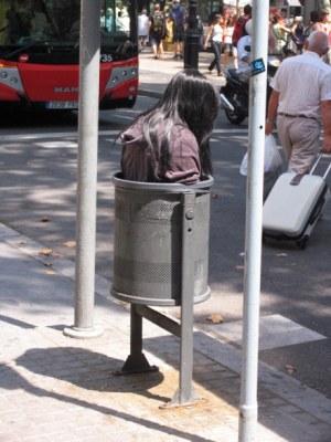 Barcelona trashgirl